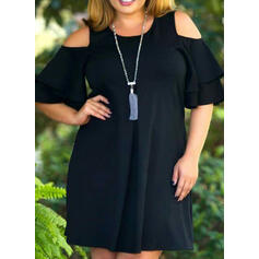 Plus Size Solid Cold Shoulder Sleeve Shift Above Knee Casual Little Black Dress