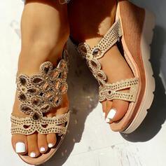 Сіяючі камені взуття