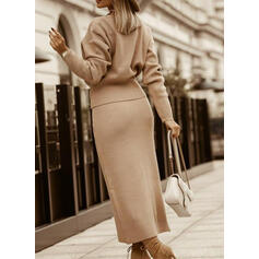 Solid Long Sleeves Bodycon Sweater Little Black/Elegant Midi Dresses