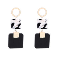 Stylish Alloy Wood Acrylic Women's Fashion Earrings