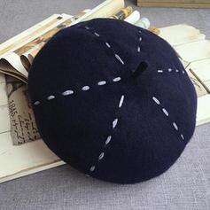 Dames Beau/Charme Acrylique/de mélanges de laine Béret Chapeau