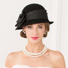 Señoras' Romántico Madera con Bowknot Bombín / cloché Sombrero