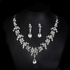 Classic Alloy Rhinestones With Rhinestone Ladies' Jewelry Sets