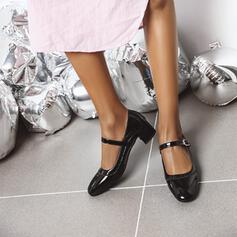 Mulheres Couro Brilhante Salto baixo Salto robusto Bombas Dedo pontudo com Fivela sapatos