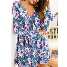 Floral V-neck Above Knee Shift Dress