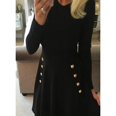 Couleur Unie Manches Longues Trapèze Au-dessus Du Genou Vintage/Petites Robes Noires/Décontractée Robes
