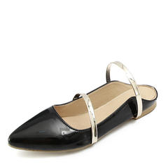 791a02d32c165c ... Femmes Cuir verni Talon plat Sandales Chaussures plates Bout fermé  Escarpins avec Autres chaussures ...