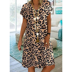 Leopardo Manga Corta Tendencia Hasta la Rodilla Casual Vestidos