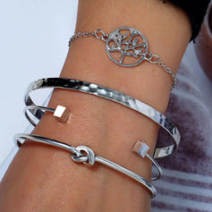 Stylish Alloy Women's Fashion Bracelets (Set of 4)
