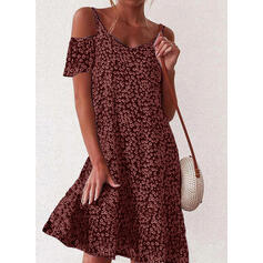 Print/Floral Short Sleeves/Cold Shoulder Sleeve Shift Knee Length Casual/Vacation Dresses
