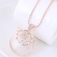 Fashionable Alloy Rhinestones Ladies' Fashion Necklace