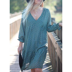 PolkaDot Long Sleeves Shift Knee Length Casual/Vacation Dresses