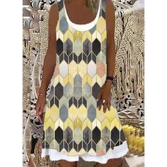 Print/Geometric Sleeveless Shift Knee Length Casual Dresses