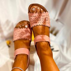 Mulheres Couro Sem salto Sandálias Peep toe com Oca-out sapatos