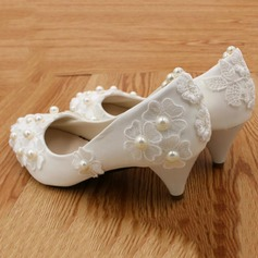Frauen Kunstleder Niederiger Absatz Geschlossene Zehe Absatzschuhe mit Nachahmungen von Perlen Blume Zuschnüren Kette