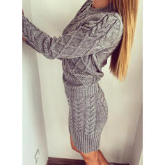 Egyszínű Hosszú ujjú Testre simuló ruhák Térd feletti Hétköznapokra Sweter φορέματα