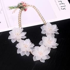 Unique Acrylic With flower Women's Fashion Necklace