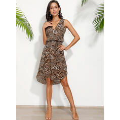 Leopard Sleeveless Sheath Knee Length Casual/Vacation Tank Dresses
