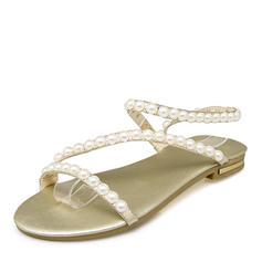 Kvinnor Konstläder Flat Heel Sandaler Platta Skor / Fritidsskor med Oäkta Pearl skor