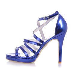 Frauen Lackleder Stöckel Absatz Peep Toe Plateauschuh Sandalen mit Schnalle