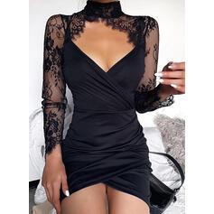 Encaje/Sólido Manga Larga Ajustado Sobre la Rodilla Pequeños Negros/Sexy/Fiesta Vestidos