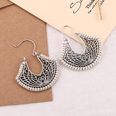 Vintage Alloy Women's Fashion Earrings (Set of 2)