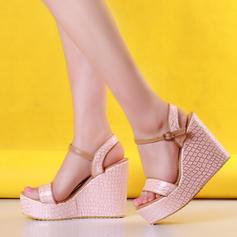 Mulheres PVC Plataforma Sandálias Bombas Calços Peep toe Sapatos abertos com Fivela sapatos