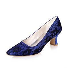 Women's Lace Chunky Heel Closed Toe Pumps