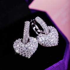 Beautiful Zircon Ladies' Fashion Earrings