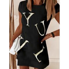 Nadrukowana/Wytłaczany Krótkie rękawy Koktajlowa Nad kolana Casual T-shirt Sukienki