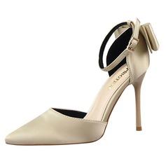 Mulheres Cetim Salto agulha Sandálias Bombas Fechados com Bowknot Alça trançada sapatos