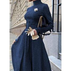 Solide Lange Mouwen A-lijn Schaatser Zwart jurkje/Elegant Medium Jurken