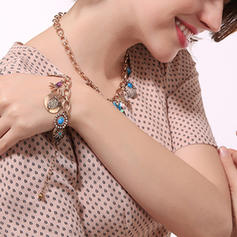 Beautiful Alloy With Gem Women's Bracelets