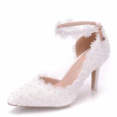 Women's Leatherette Spool Heel Closed Toe Pumps With Applique