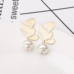 Leaves Shaped Alloy Imitation Pearls Women's Earrings