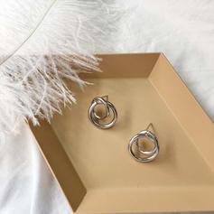 Chic Alloy Women's Earrings (Set of 2)