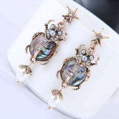 Beatles Shell Alloy Women's Earrings (Set of 2)