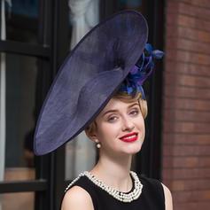 Ladies' Elegant Net Yarn Bowler/Cloche Hat