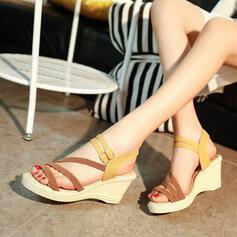 Femmes Tissu PU Talon compensé Sandales À bout ouvert avec Boucle chaussures