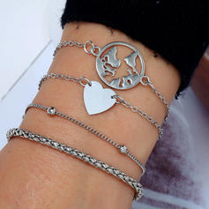 Heart Shaped Alloy Women's Fashion Bracelets (Set of 4)