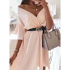 Solid 3/4 Sleeves/Flare Sleeves A-line Knee Length Elegant Skater Dresses