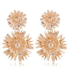 Flower Shaped Simple Alloy Women's Earrings