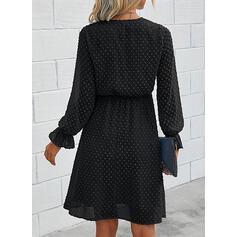 Solide Lange Mouwen A-lijn Knielengte Zwart jurkje/Casual/Elegant Wrap/Schaatser Jurken