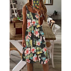 Print/Floral Sleeveless Shift Knee Length Casual/Vacation Slip Dresses