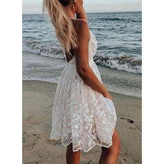 Lace/Solid/Backless Sleeveless A-line Above Knee Sexy/Vacation Slip/Skater Dresses