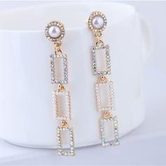 Exquis Alliage Strass De faux pearl avec Perle d'imitation Strass Femmes Boucles d'oreille de mode (Lot de 2)