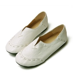 Kvinnor Konstläder Flat Heel Platta Skor / Fritidsskor Stängt Toe med Split gemensamma skor