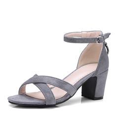 Női Szarvasbőr Chunky sarok Szandál Magassarkú Peep Toe -Val Csat cipő