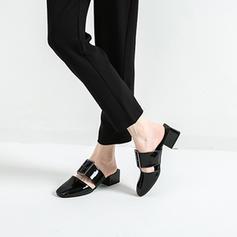 Femmes Cuir verni Talon bas Sandales Bout fermé avec Boucle chaussures