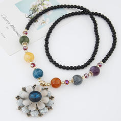 Fashionable Alloy Resin Women's Necklaces